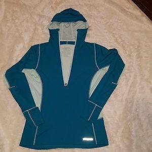 Patagonia light weight hoody size medium